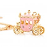 carriage necklace
