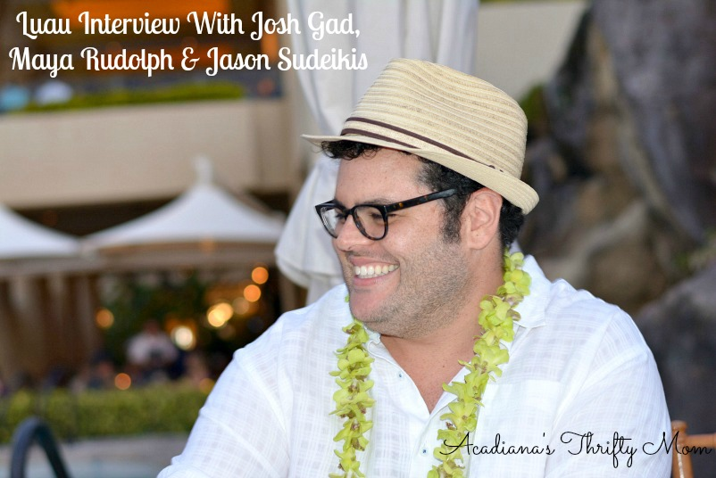 Luau Interview With Josh Gad, Maya Rudolph & Jason Sudeikis