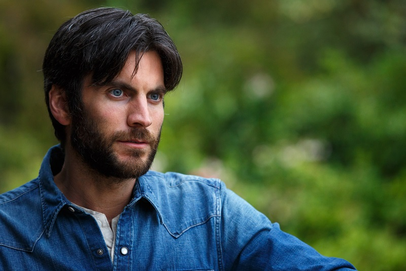 Wes Bentley is Jack in Disney's PETE'S DRAGON, the adventures of a boy named Pete and his best friend Elliot, who just happens to be a dragon.