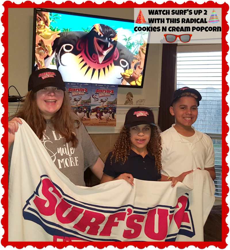 Watch Surf's Up 2 With This Radical Cookies N Cream Popcorn #SurfsUp2